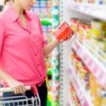 Confiança do consumidor sobe e pode ter relação com saques do FGTS, diz FGV